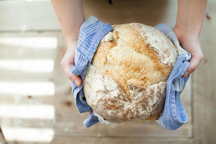 Jak upiec pyszny domowy chleb?