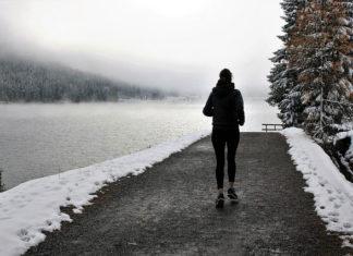 Siłownia na świeżym powietrzu - jak ćwiczyć zimą?