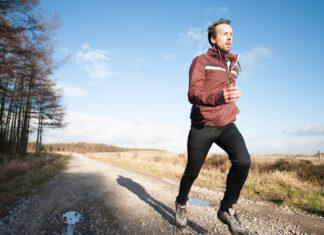Męskie ubrania sportowe na chłodniejsze dni